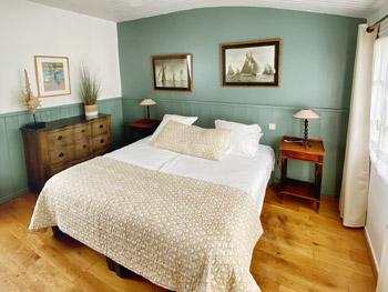 chambre charme dans notre hotel sur l'ile de ré