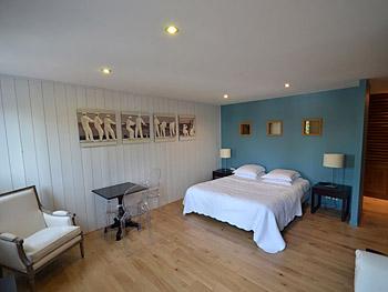 chambre studio dans notre hotel sur l'ile de ré